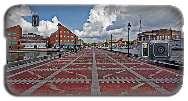 Galaxy S5 Case featuring the photograph Fells Point Pier by Suzanne Stout