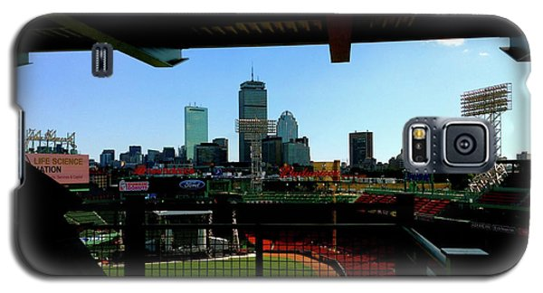 Fenway Park, Xi  Galaxy S5 Case by Iconic Images Art Gallery David Pucciarelli