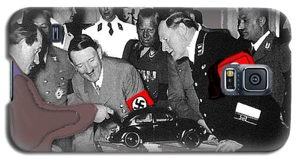 Ferdinand Porsche Showing The Prototype Of The Vw Beetle To Adolf Hitler 1935-2015 Galaxy S5 Case