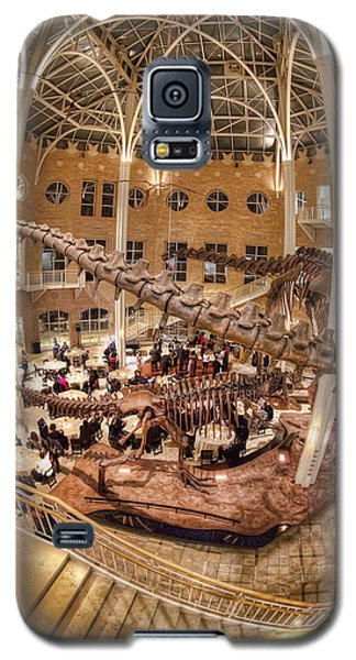 Galaxy S5 Case featuring the photograph Fernbank Museum by Anna Rumiantseva