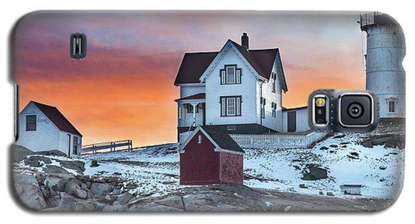 Fiery Sunrise At Cape Neddick Lighthouse Galaxy S5 Case
