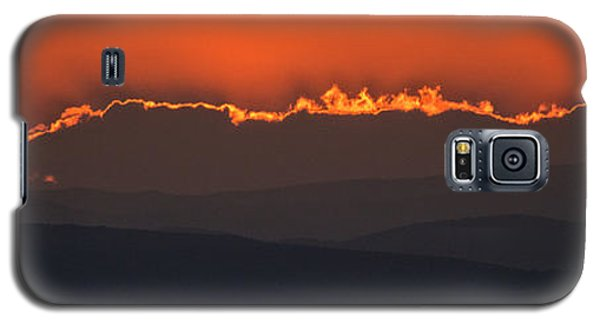 Fiery Sunset In The Luberon Galaxy S5 Case