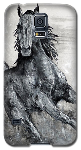 Contemporary Black And White Horse Painting, Fin Galaxy S5 Case by Jennifer Godshalk