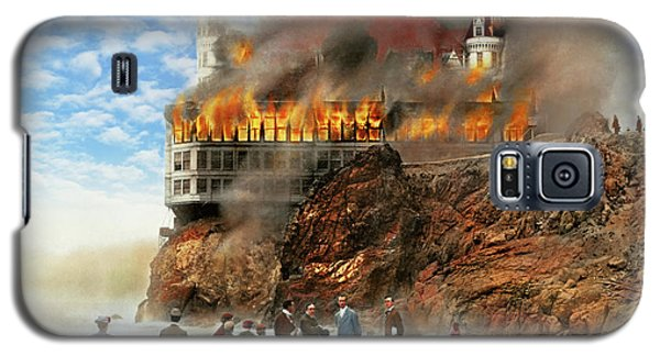 Galaxy S5 Case featuring the photograph Fire - Cliffside Fire 1907 by Mike Savad