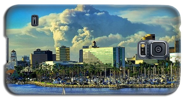 Galaxy S5 Case featuring the photograph Fire Cloud Over Long Beach by Mariola Bitner