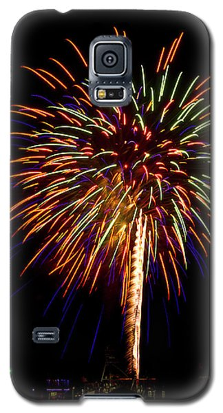 Galaxy S5 Case featuring the photograph Fireworks by Bill Barber