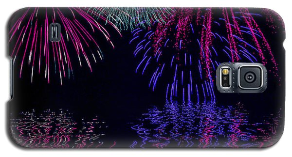Galaxy S5 Case featuring the photograph Fireworks Over Open Water 1 by Naomi Burgess