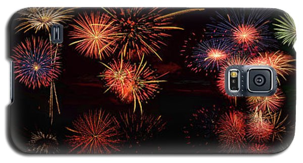 Fireworks Reflection In Water Panorama Galaxy S5 Case