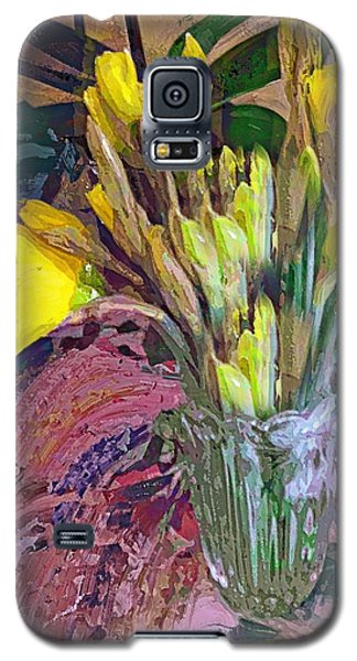 First Daffodils Galaxy S5 Case by Alexis Rotella