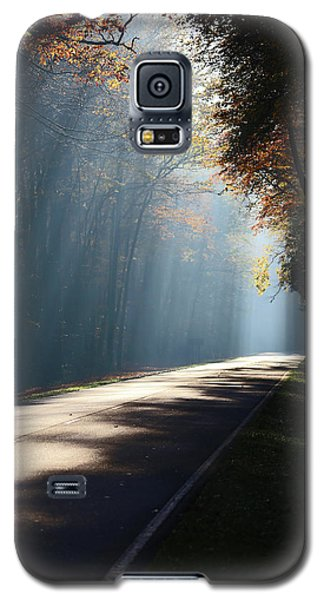 First Light Galaxy S5 Case by Lamarre Labadie