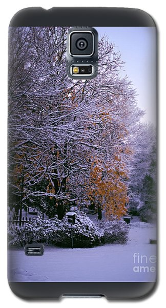 First Snow After Autumn Galaxy S5 Case