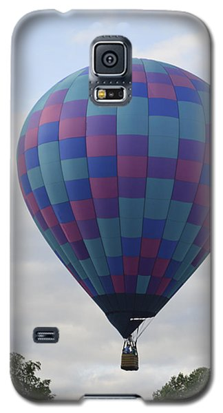 Galaxy S5 Case featuring the photograph First To Take Off For The Atlantic by Linda Geiger