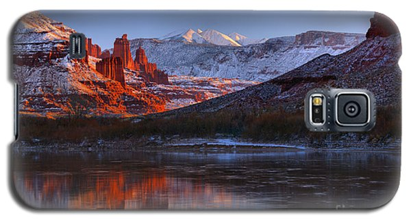 Galaxy S5 Case featuring the photograph Fisher Towers Glowing Reflections by Adam Jewell