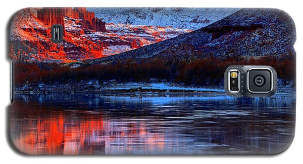 Galaxy S5 Case featuring the photograph Fisher Towers Sunset Winter Landscape by Adam Jewell