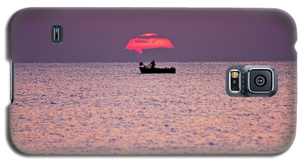 Galaxy S5 Case featuring the photograph Fisherman by Bruno Spagnolo