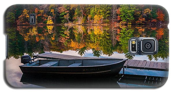 Fishing Boat On Mirror Lake Galaxy S5 Case