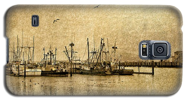 Fishing Boats Columbia River In Sepia Galaxy S5 Case