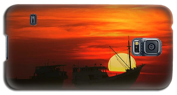 Fishing Boats In Sea Galaxy S5 Case