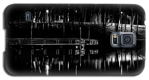 Galaxy S5 Case featuring the photograph Fishing Dock At Night 2017  by Thomas Young