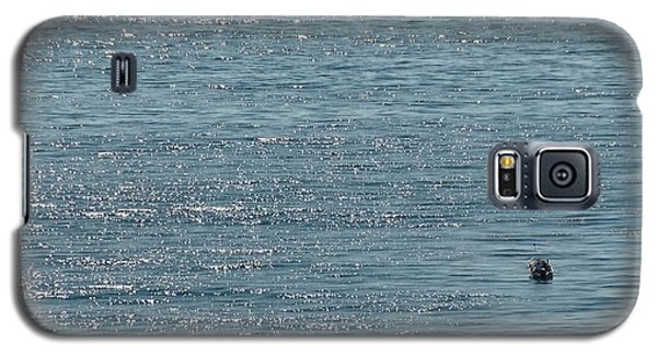 Galaxy S5 Case featuring the photograph Fishing In The Ocean Off Palos Verdes by Joe Bonita