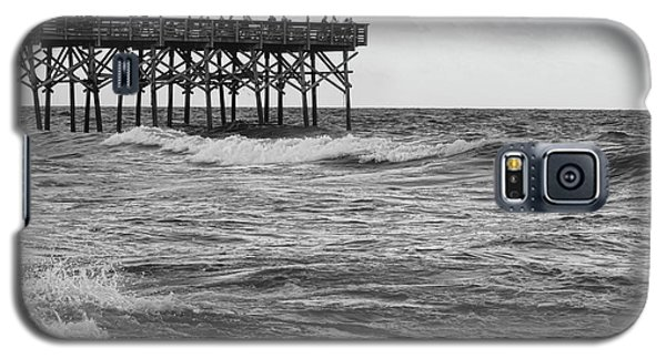 Galaxy S5 Case featuring the photograph Fishing Off The Pier At Myrtle Beach by Chris Flees