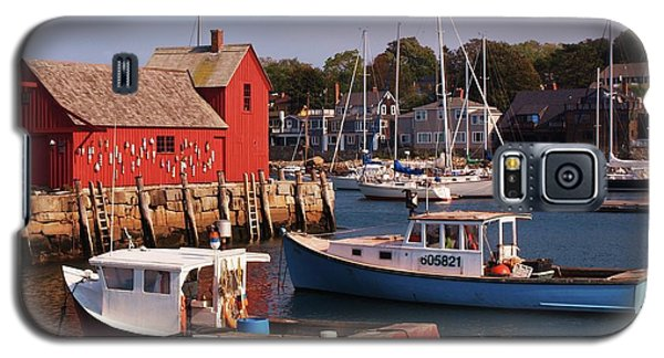 Galaxy S5 Case featuring the photograph Fishing Shack by John Scates