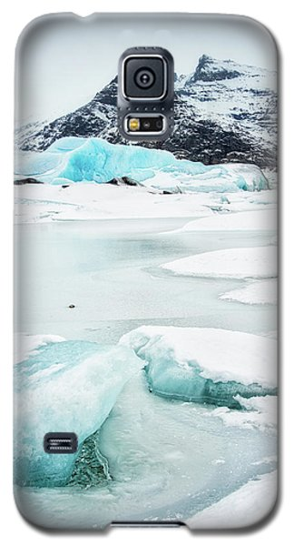 Fjallsarlon Glacier Lagoon Iceland In Winter Galaxy S5 Case by Matthias Hauser