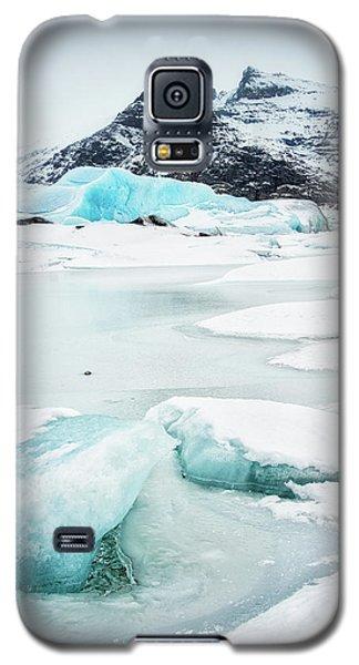 Galaxy S5 Case featuring the photograph Fjallsarlon Glacier Lagoon Iceland In Winter by Matthias Hauser