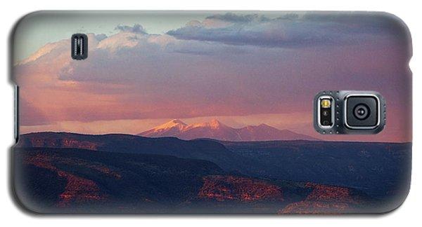 Flagstaff's San Francisco Peaks Snowy Sunset Galaxy S5 Case