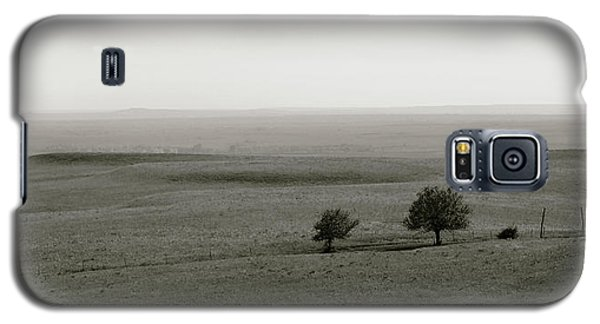 Galaxy S5 Case featuring the photograph Flint Hills Vistas by Thomas Bomstad