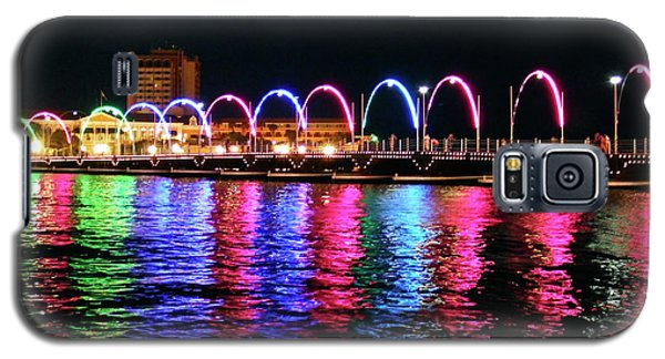 Galaxy S5 Case featuring the photograph Floating Bridge, Willemstad, Curacao by Kurt Van Wagner