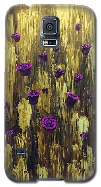 Floating Royal Roses 1 Galaxy S5 Case
