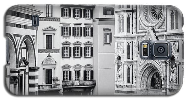 Galaxy S5 Case featuring the photograph Florence Italy View Bw by Joan Carroll