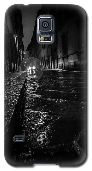 Galaxy S5 Case featuring the photograph Florence Nights by Sonny Marcyan