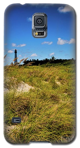 Galaxy S5 Case featuring the photograph Florida Lighthouse  by Kelly Wade