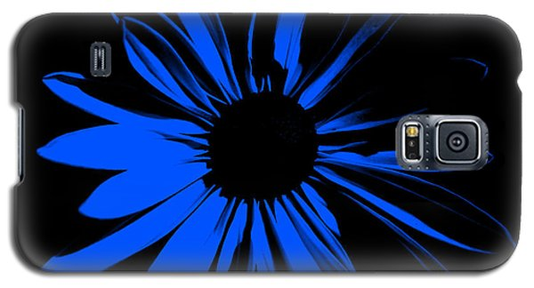 Galaxy S5 Case featuring the digital art Flower 4 by Maggy Marsh