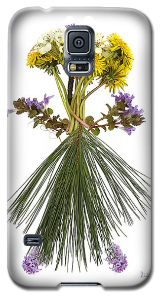 Galaxy S5 Case featuring the digital art Flower Head by Lise Winne