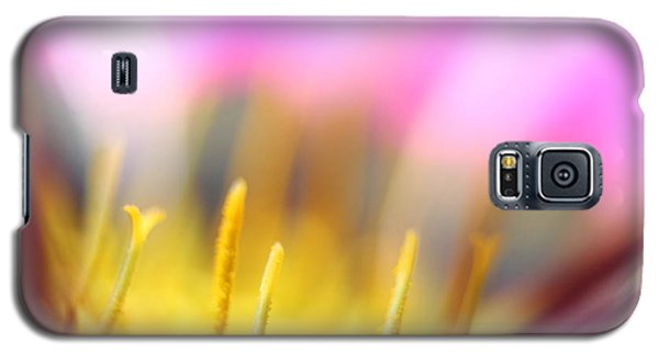 Galaxy S5 Case featuring the photograph Flower Impressions I by Martina  Rathgens