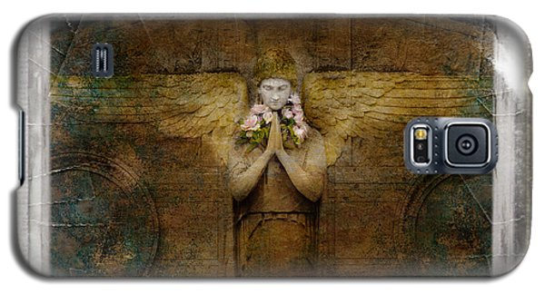 Galaxy S5 Case featuring the photograph Flower Spes Angel by Craig J Satterlee