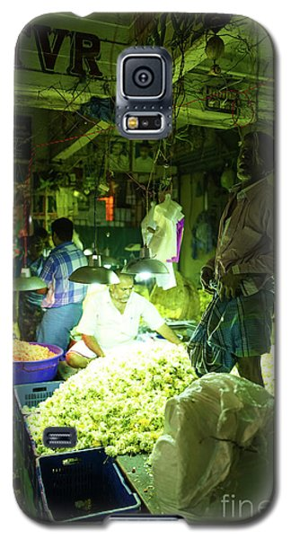 Galaxy S5 Case featuring the photograph Flower Stalls Market Chennai India by Mike Reid