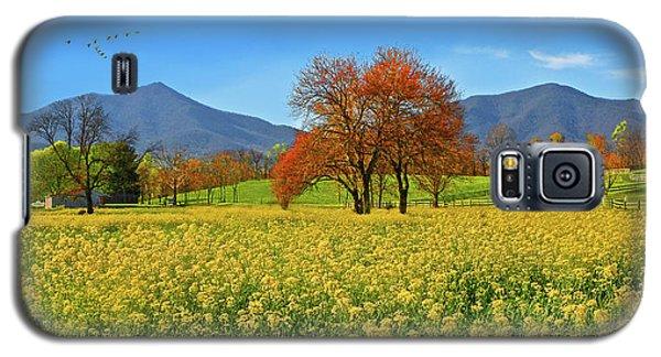 Flowering Meadow, Peaks Of Otter,  Virginia. Galaxy S5 Case