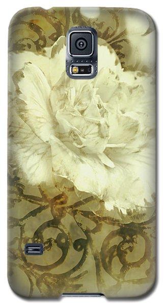 Flowers By The Window Galaxy S5 Case