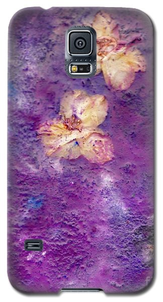 Flowers From The Garden Galaxy S5 Case