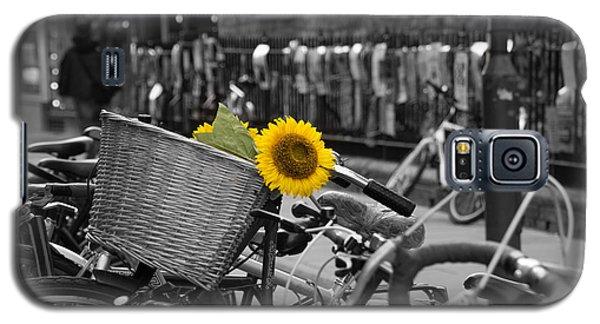 Flowers In Bike Galaxy S5 Case by David Warrington