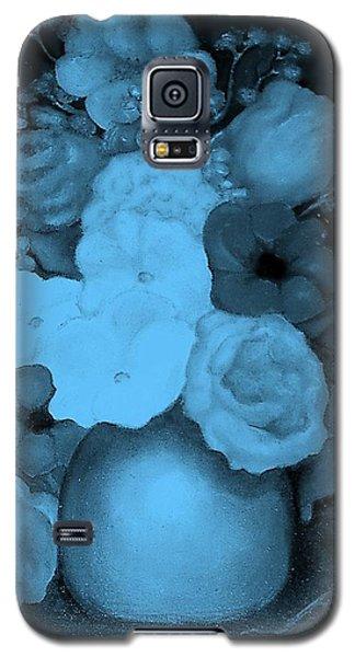 Flowers In Blue Galaxy S5 Case