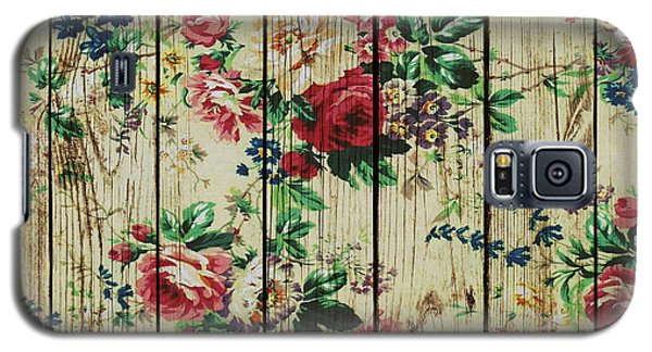 Flowers On Wood 01 Galaxy S5 Case