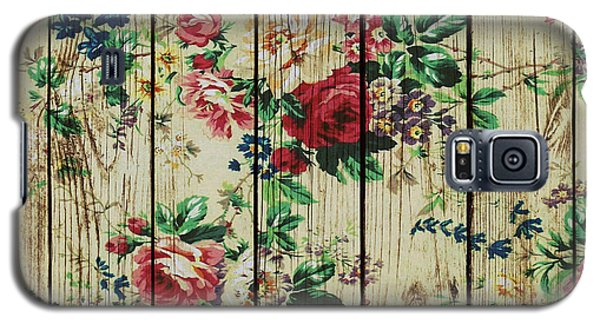 Flowers On Wood 01 Galaxy S5 Case