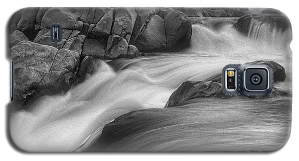 Galaxy S5 Case featuring the photograph Flowing Waters At Kern River, California by John A Rodriguez