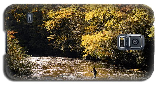 Galaxy S5 Case featuring the photograph Fly Fisherman On The Tellico - D010008 by Daniel Dempster