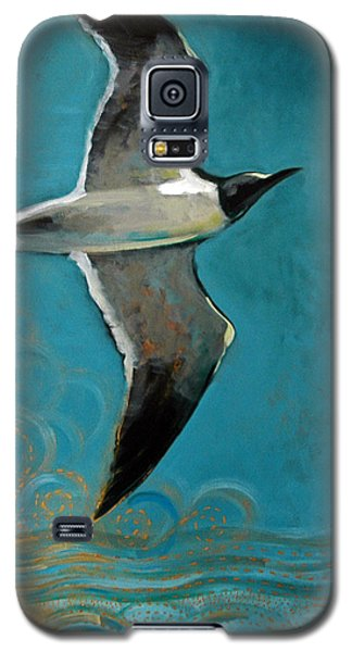 Galaxy S5 Case featuring the painting Flying Free by Suzanne McKee